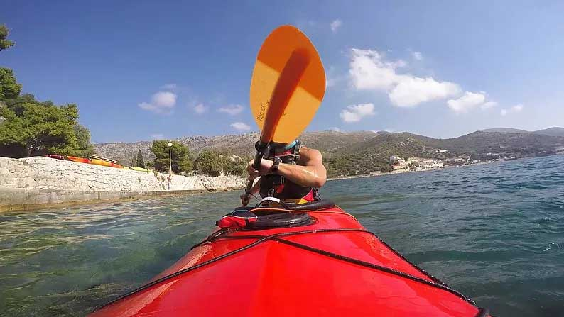 sea kayaking dubrovnik croatia