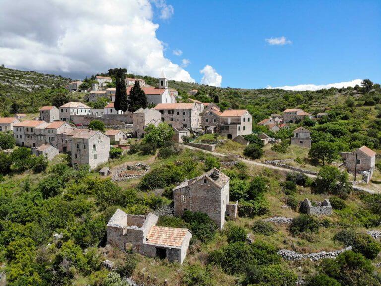 cycling hvar island velo grablje village croatia adriatic sea